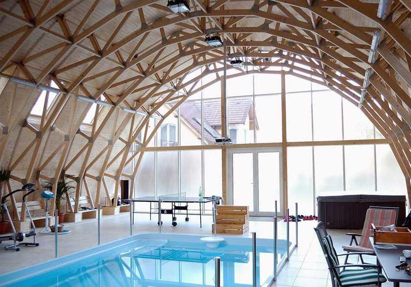 Fermes de bois apparentes un véritable atout design dans tout bâtiment