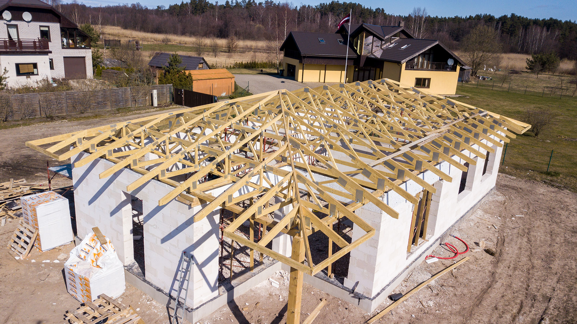 Customer that ordered trusses for his private house