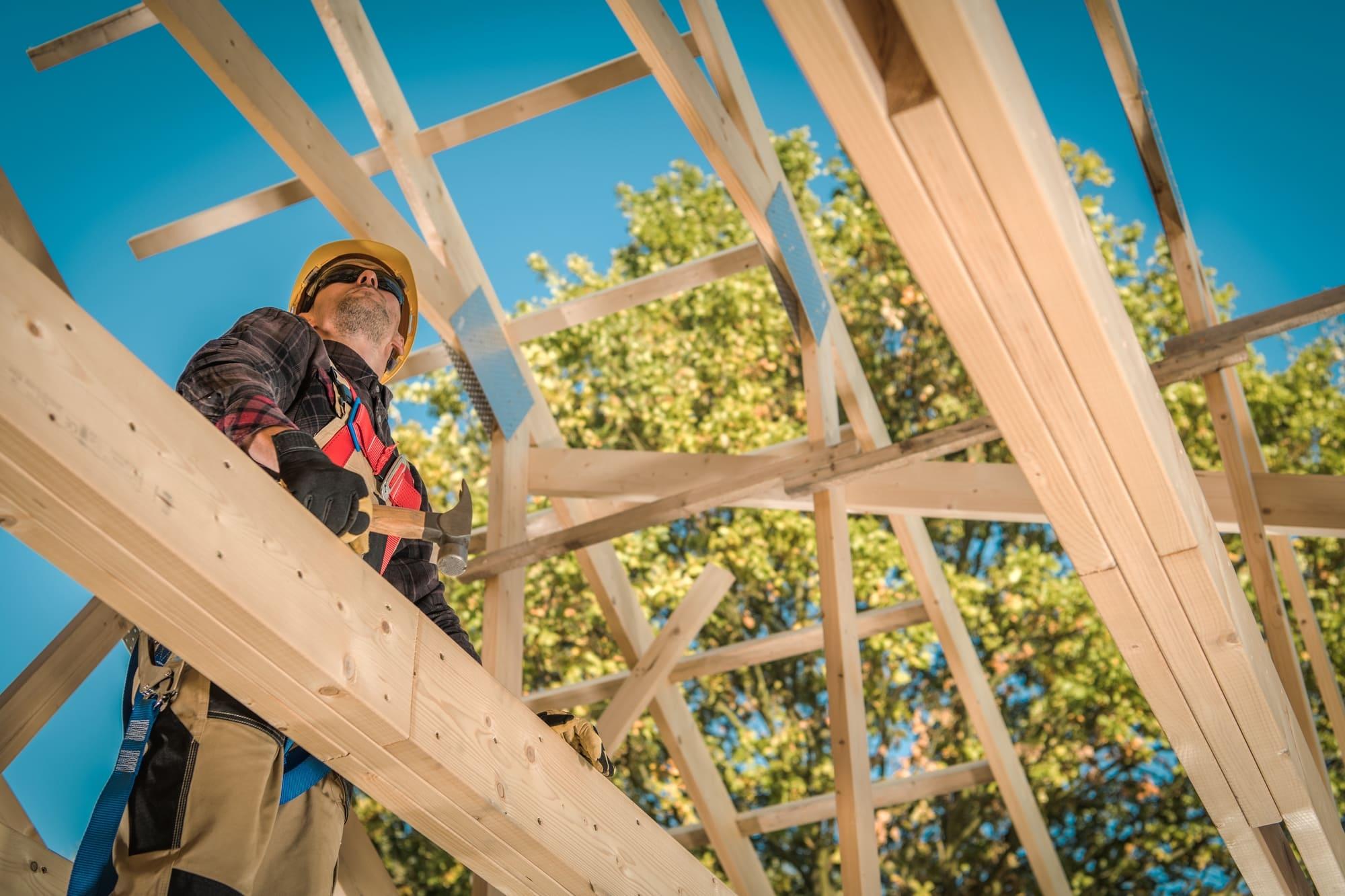 pirmojo namo medinių santvarų surinkimo kaina ir kaina