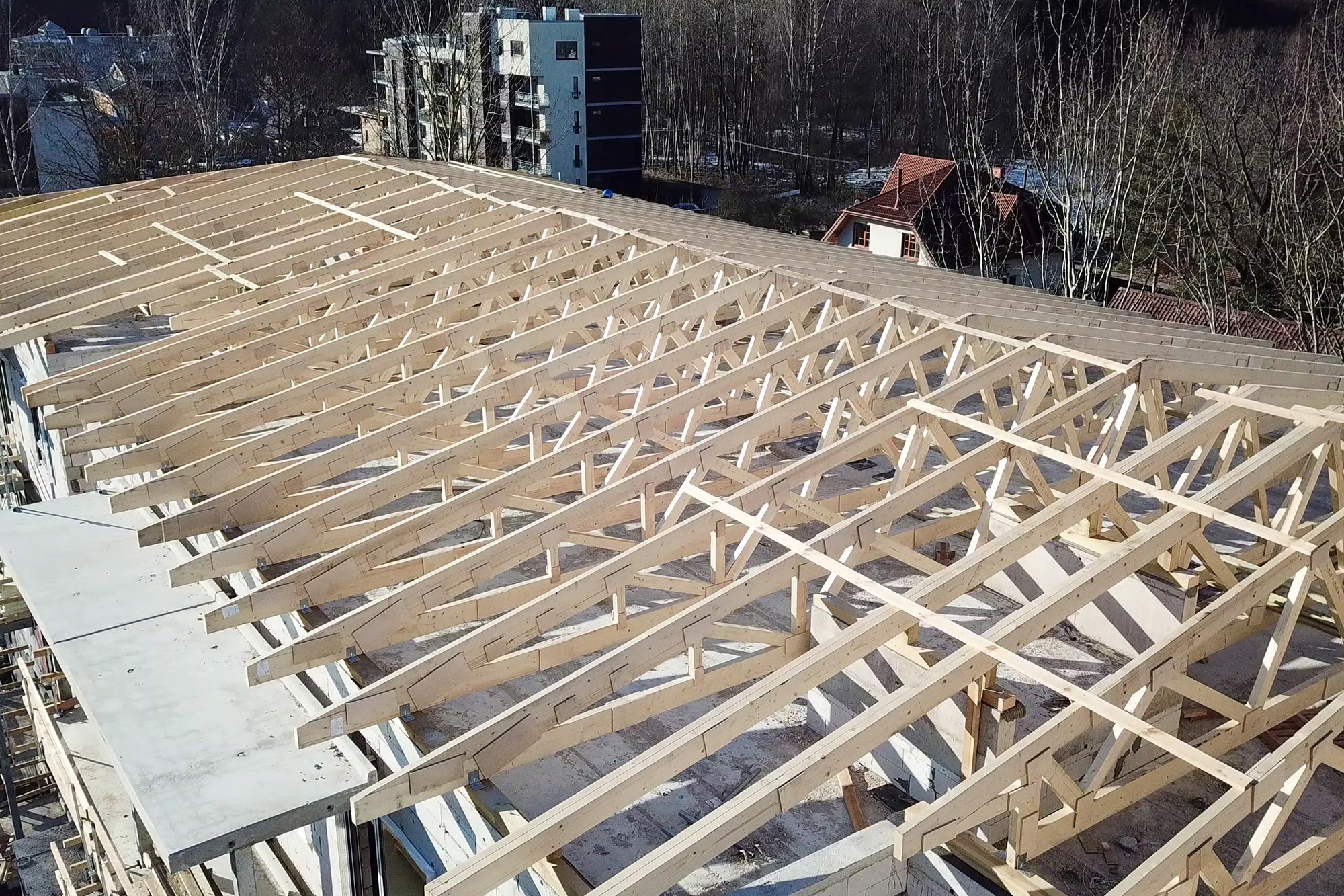 Roof construction wooden trusses for your roof