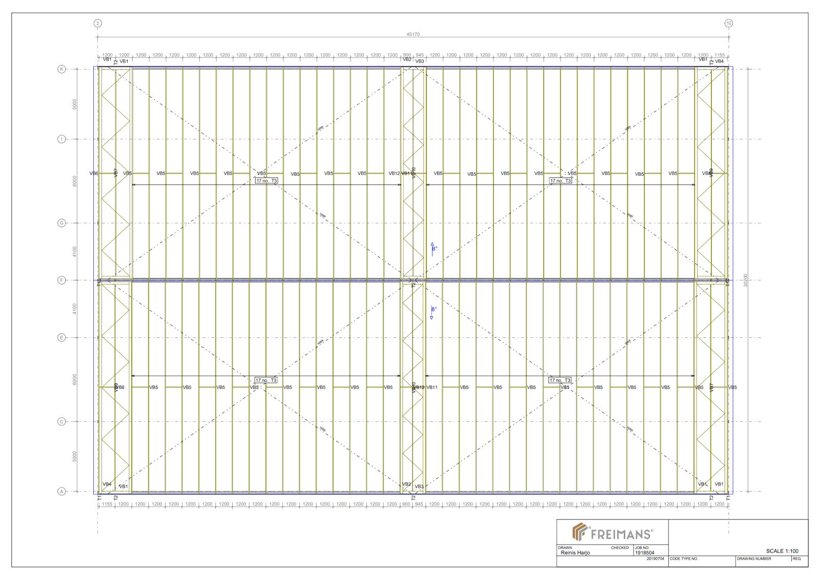 koka kopņu plāns jumta konstrukcijai lauksaimniecības ēkai