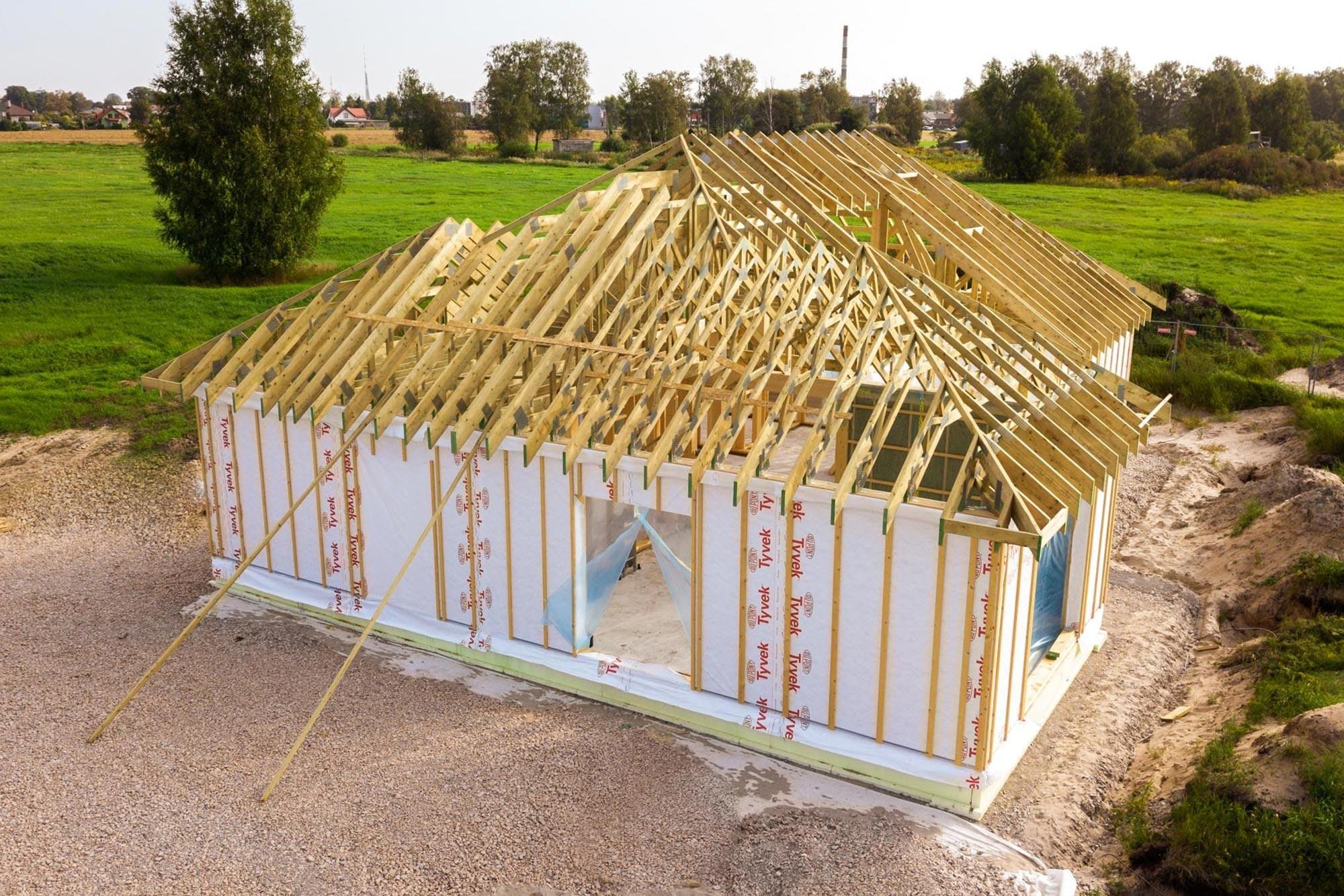 Geriausias pasirinkimas privačiam namui medinis santvaros stogas 1
